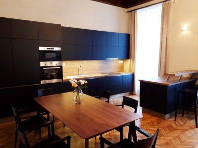 Extravagáns fekete konyha